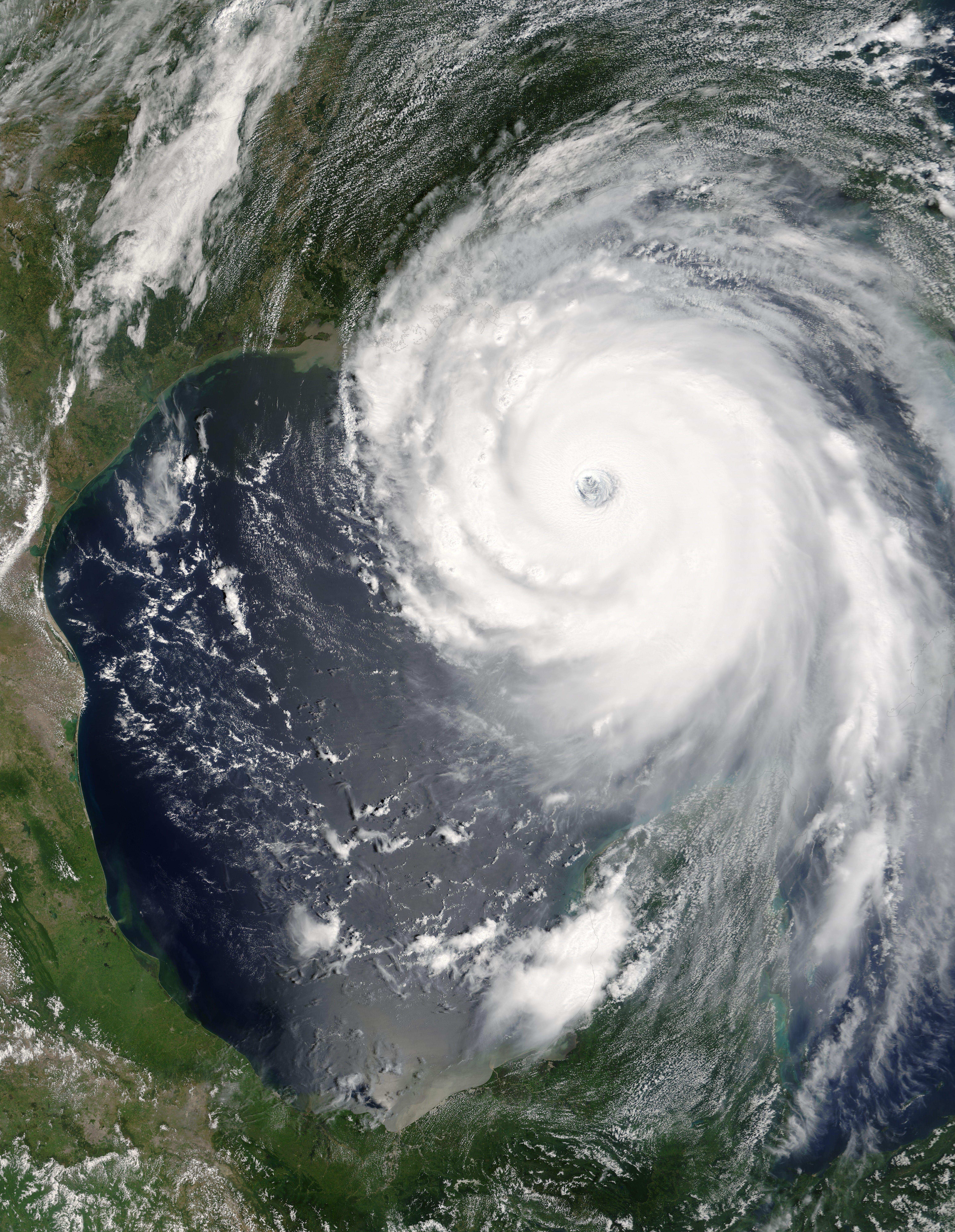 Hurricane Katrina Destroyed New Orleans In Aug 2005 Con Imagenes Desastres Naturales Huracan Katrina Circulo De Vida