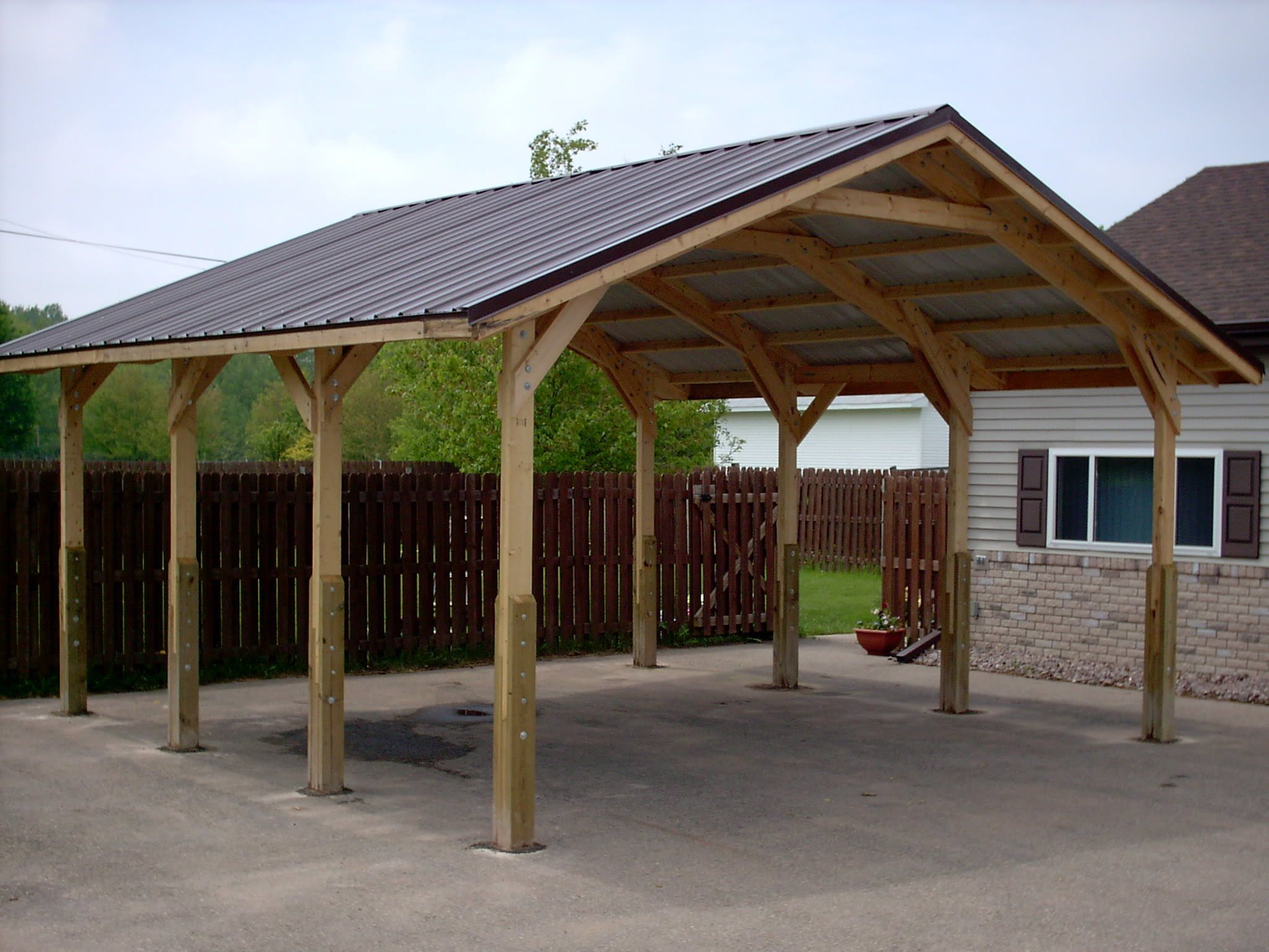 Car port shawanocarport wayneofbowler car ports for Garage with carport designs