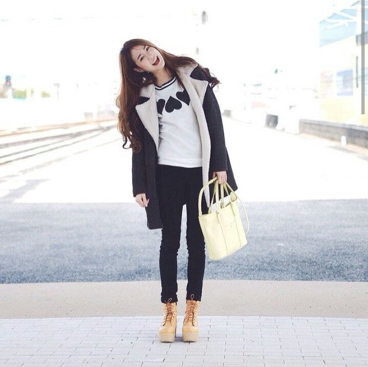 Cr Pimtha Instagram Fashionista