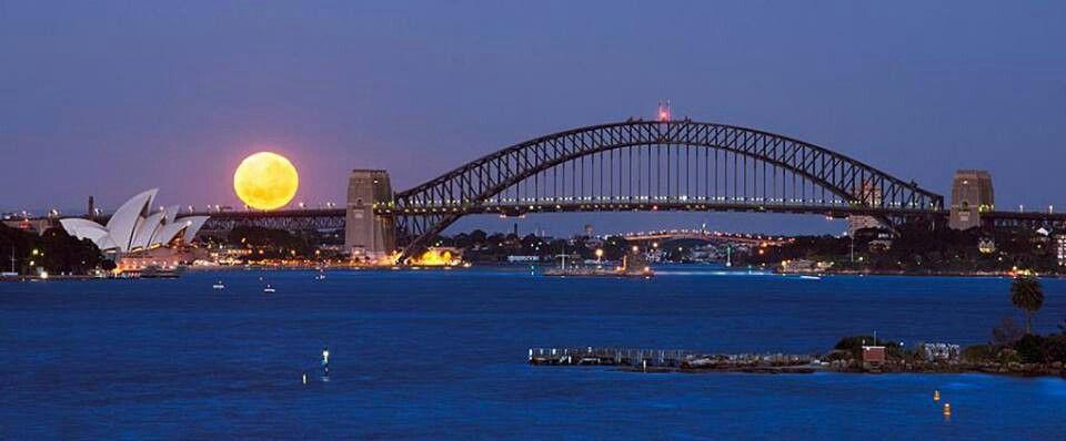 Full moon over sidney australia sydney beaches places