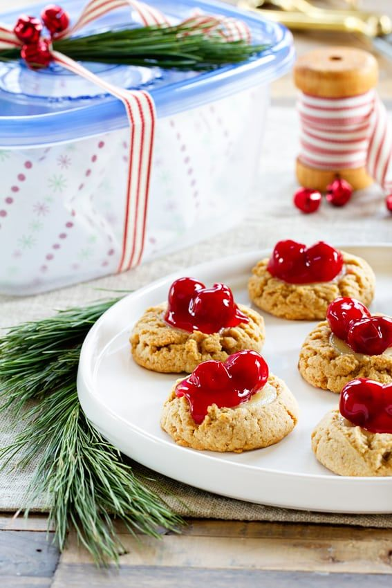 Cherry Cheesecake Cookies are your favorite cheesecake in one bite. Totally addictive.