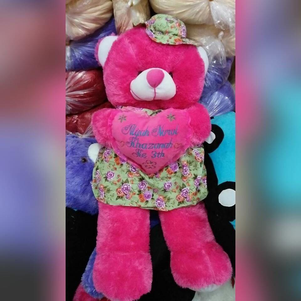 Bear Baju Topi 95 Cm 2kg Harga 162 Rb Ukirnama 35 Rb Yuk Mbak Say Dan Mas Tampan Yang Mau Cari Boneka Untuk Koleksi Pribadi Atau Boneka Minion Ungkapan Cinta