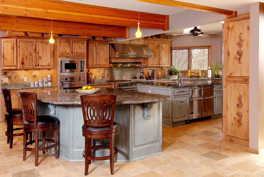 Pine Cabinet Kitchen Idea Love The Island Color And Wood Carving Accents Pine Kitchen Rustic Kitchen Design Kitchen Design