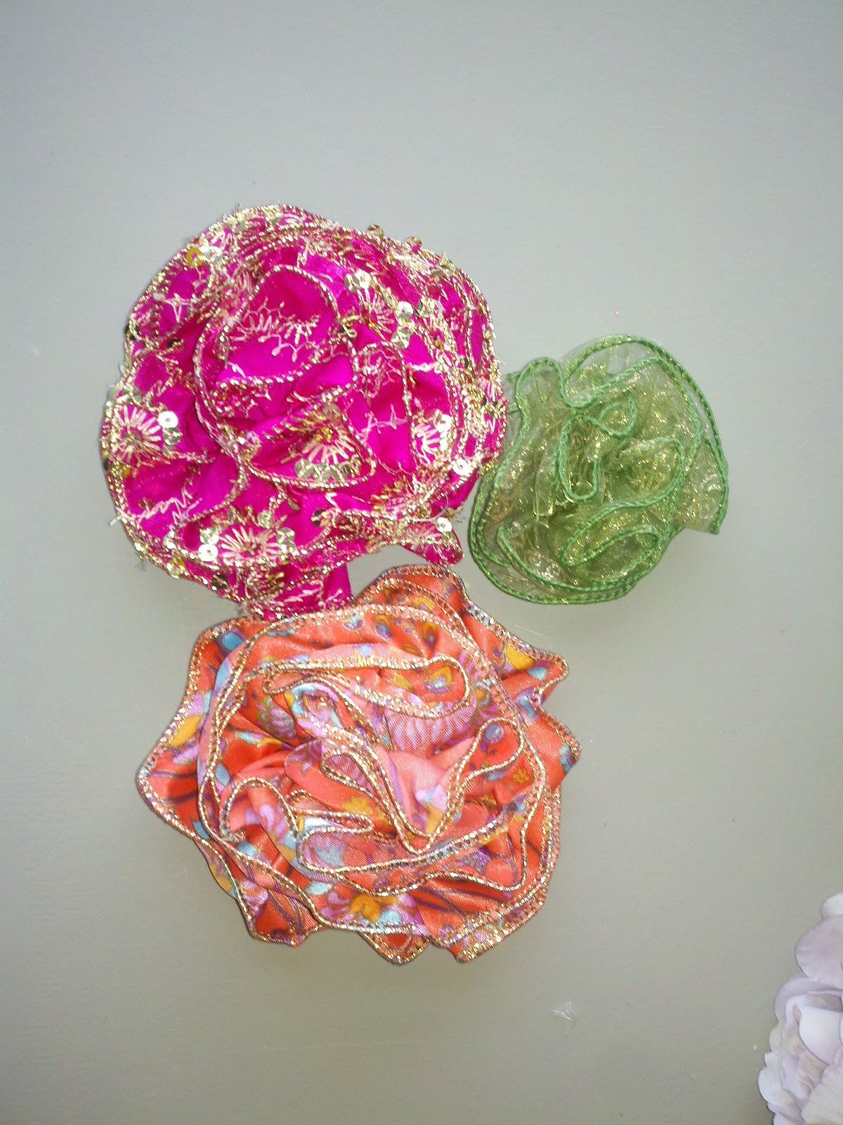 Chronicles Of A Frugal Gardener How To Make Ribbon Flowers Stuff