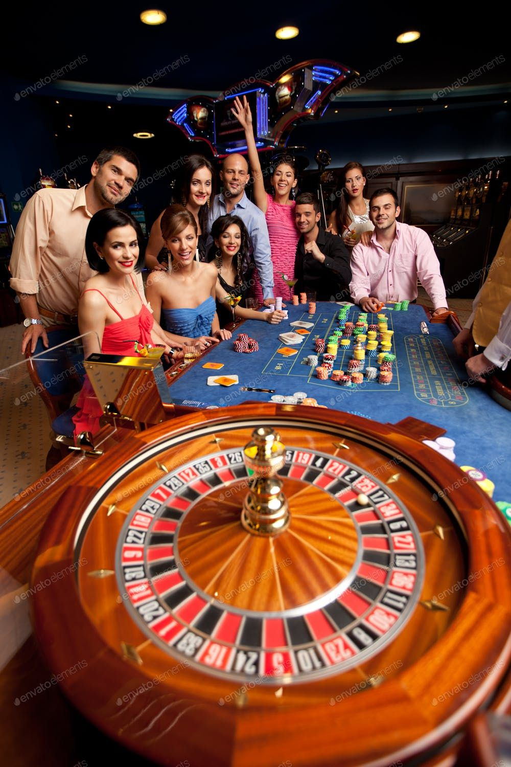 people playing roulette By shotsstudio¡¯s photos Ad ,