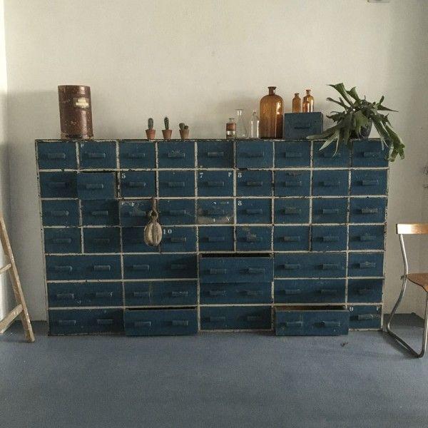 Meuble D Atelier Mobilier De Salon Meuble De Metier Table Basse Verre