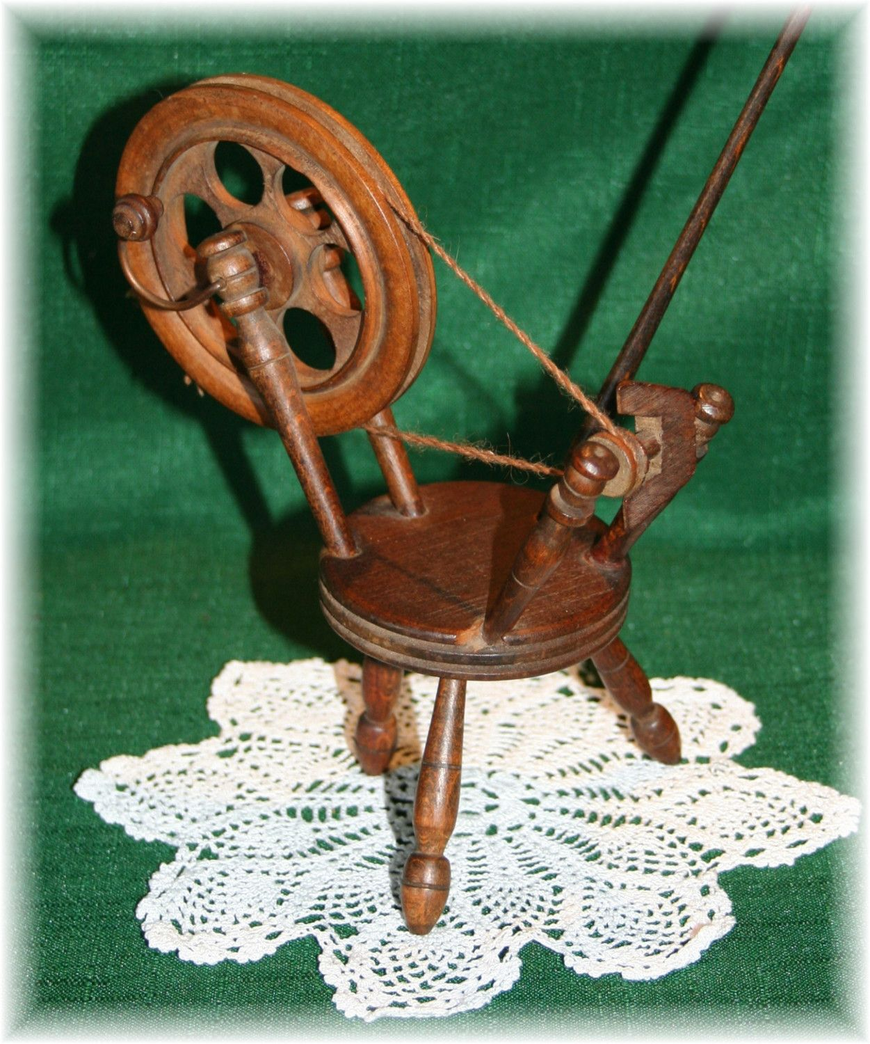 Antique Vintage Small Wooden Spinning Wheel With Spindle
