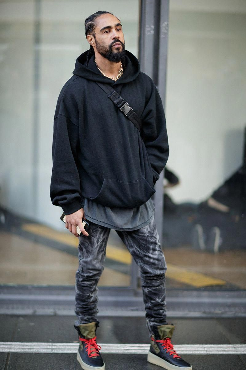 aa7474625 Jerry Lorenzo   OFF-WHITE FW18 Show in Paris  The Best Street Style Looks   BestMensFashion  mensclothingtrend