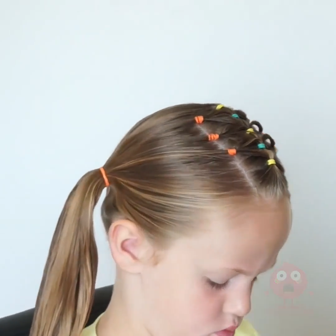 TRIANGLE ELASTIC HAIRSTYLE -   18 dressy hairstyles For Kids ideas