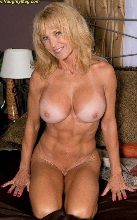 mom Nude women