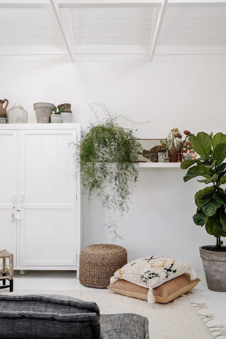 My Scandinavian Home A Dreamy Holiday Rental In Daylesford With A Mini Warehouse Feel In 2020 My Scandinavian Home Scandinavian Home Interior Design Books