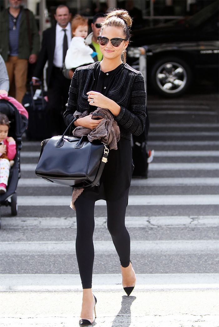 Chrissy Teigen S Givenchy Antigona Medium Tote Is The Perfect Handbag That Can Also Act As A Carry On