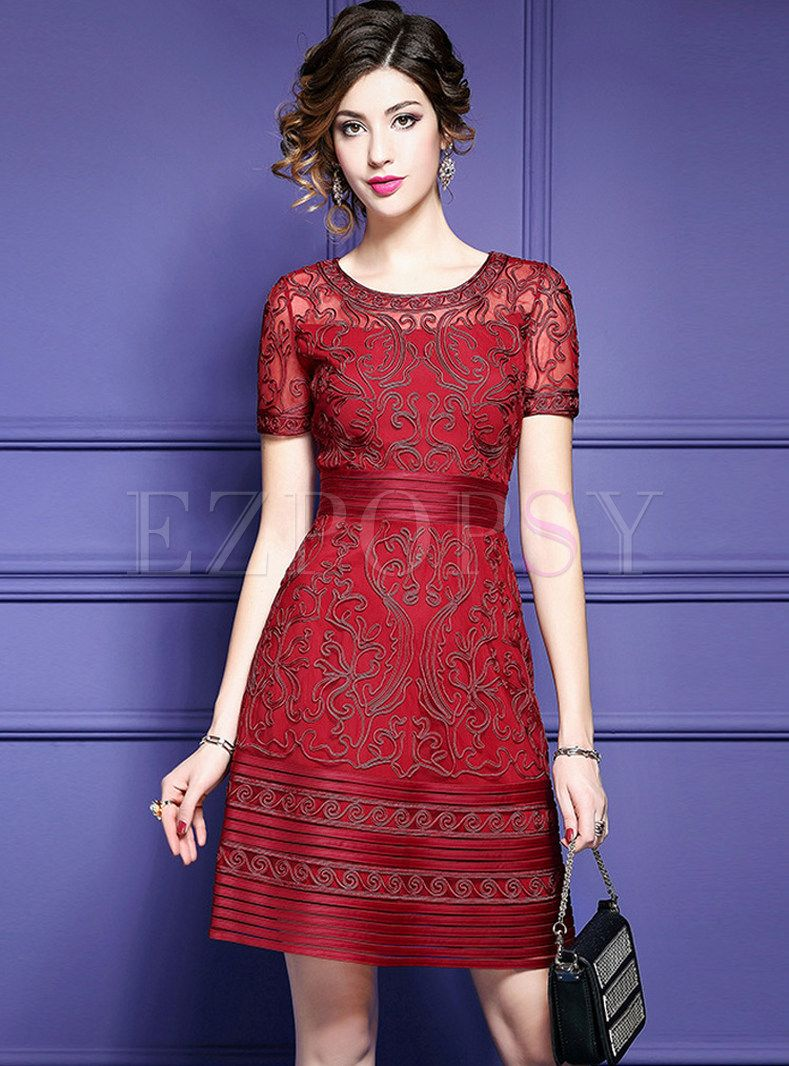 2b99e7518d Mesh Embroidered Short Sleeve Skater Dress