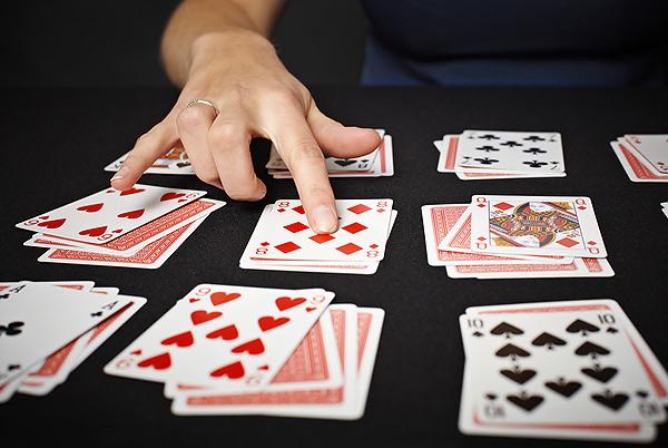 игры в карты на гадание играть