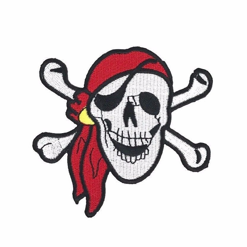 Jolly Roger Skull and Crossbones Pirate Military Enamel Lapel Pin Badge