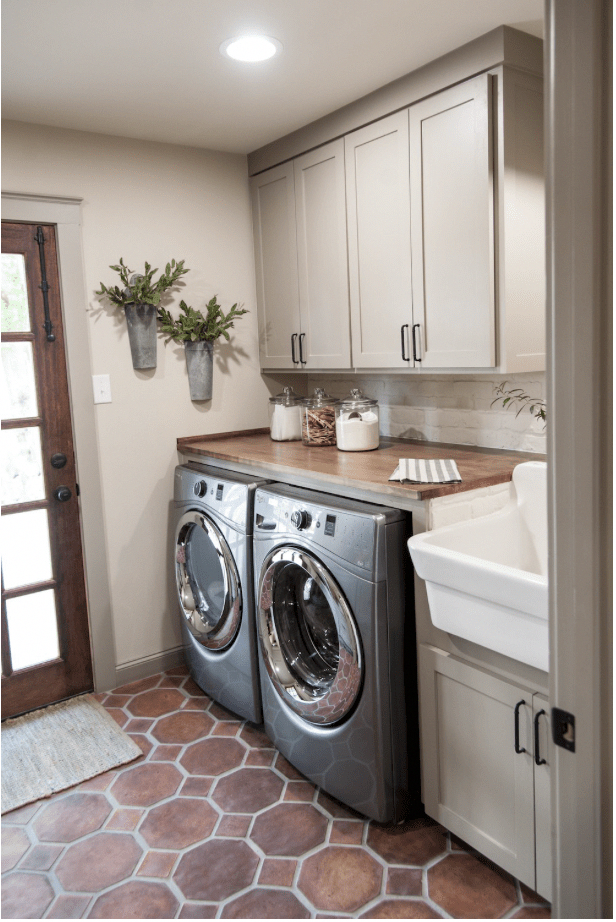 Laundry Room Inspiration + Planning | Phase 1 | Me & Reegs