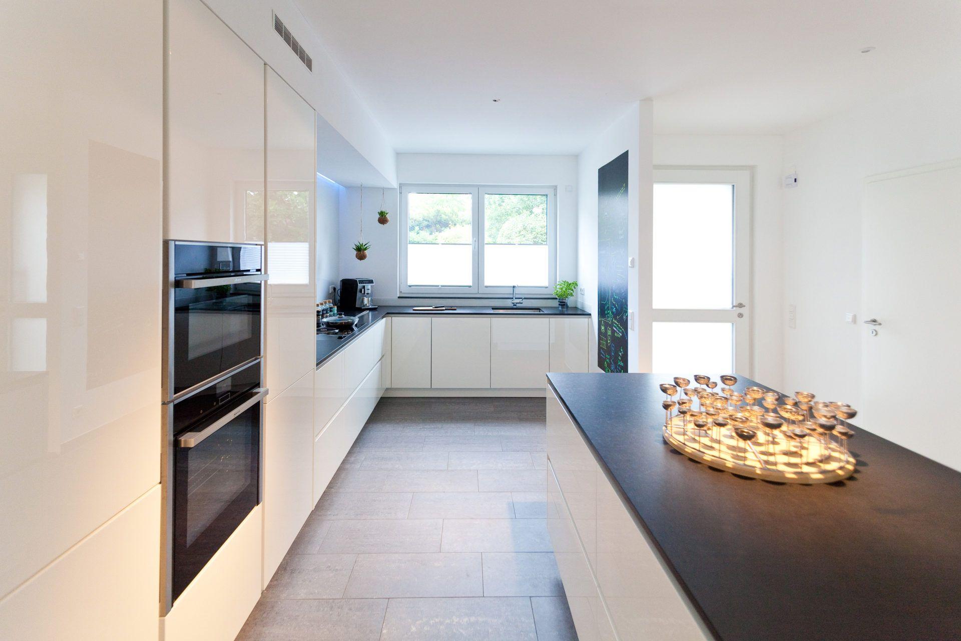 Das Zeitlose Charisma Vom Modernen Apartment Design: Kleines