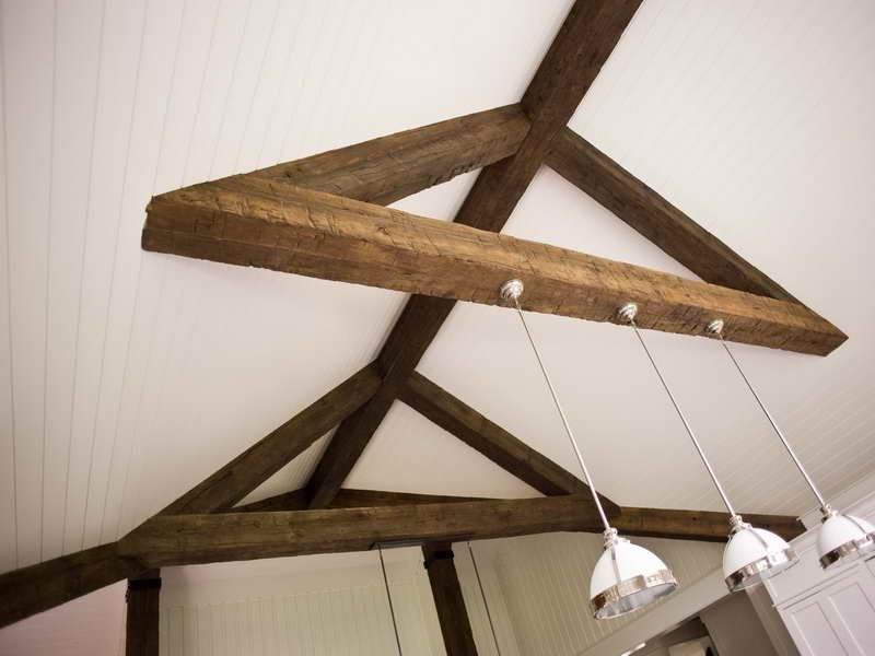 Roofing faux ceiling beams with lamp how to install faux for Fake wood beams for ceiling