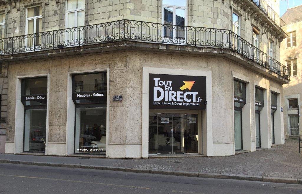 L Agence Toutendirect Fr Est Situee En Plein Centre Ville De Nantes Les Agences Showrooms Nantes Ville Nantes Et Villa