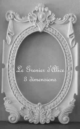 Belles moulures cadre laisser vide ou pour miroir for Miroir baroque grande taille
