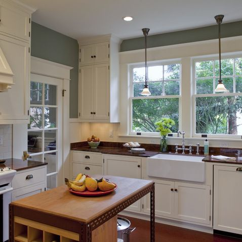 Bungalow Kitchen With Images Bungalow Kitchen Kitchen Remodel