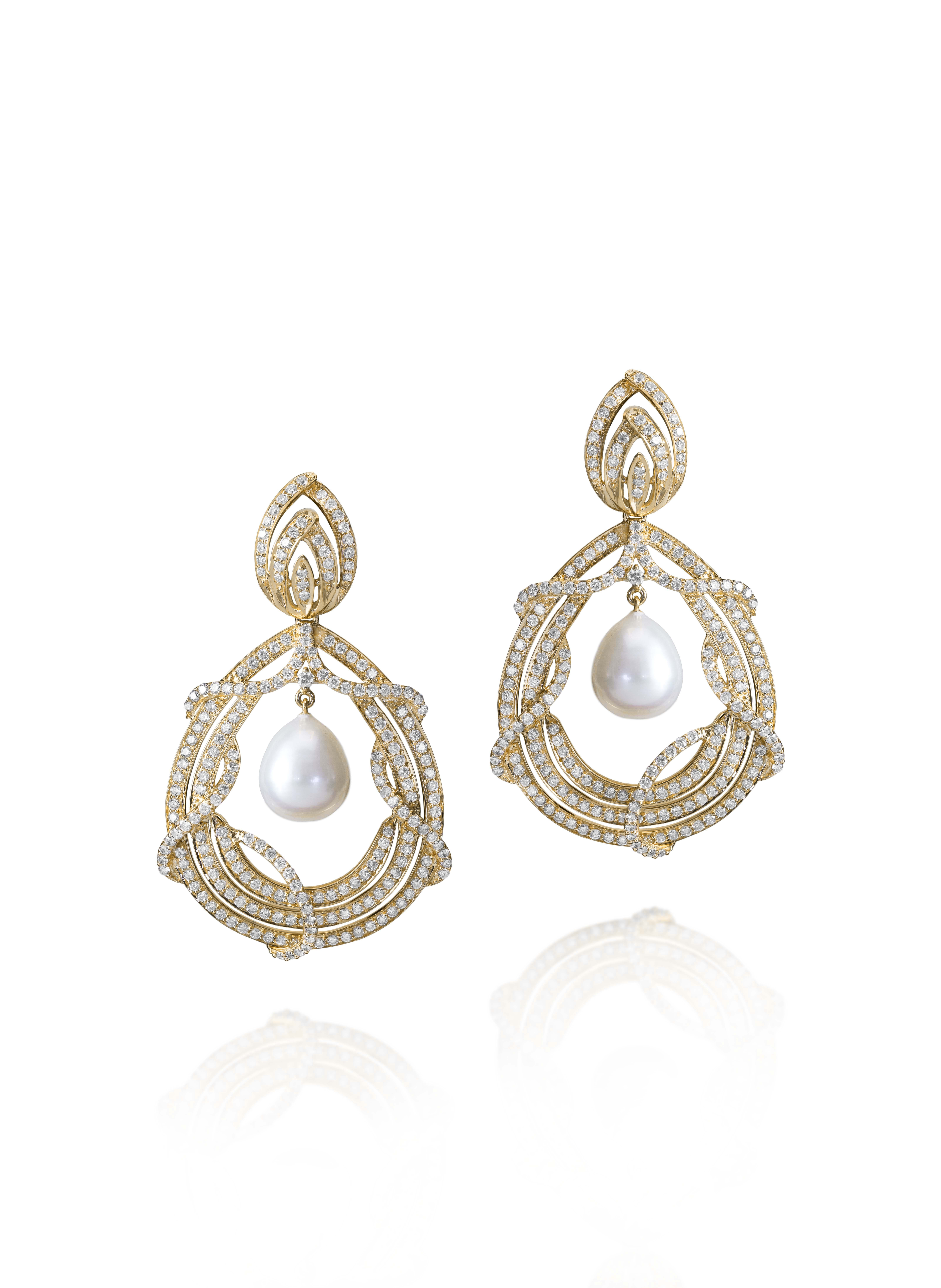 Designer Farah Khan Ali /Diamond chandelier earrings with pearl ...