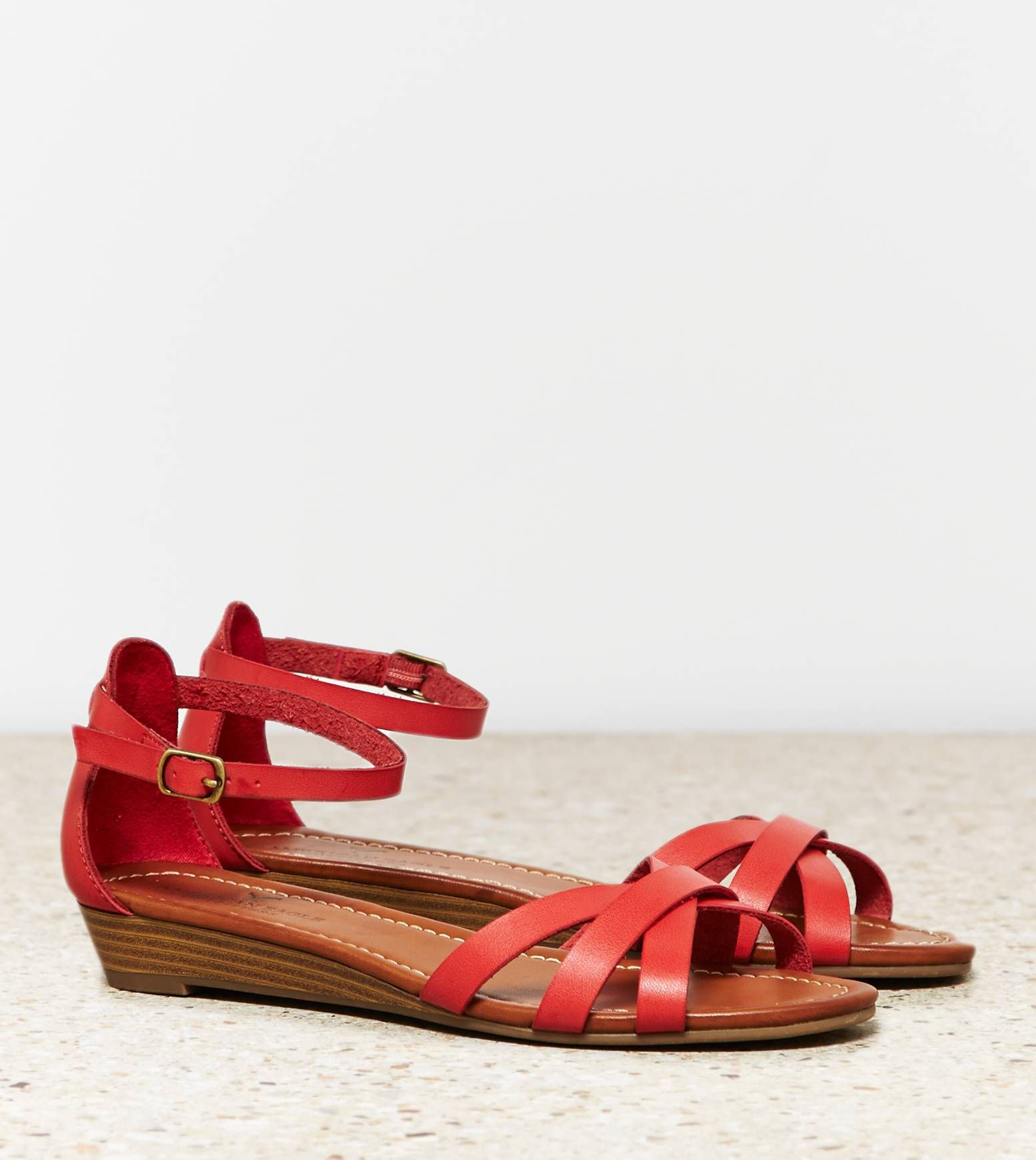 Red AEO Sliver Wedge