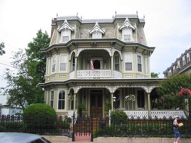 Mansard Beauty Victorian Style Homes Victorian Homes Beautiful Buildings