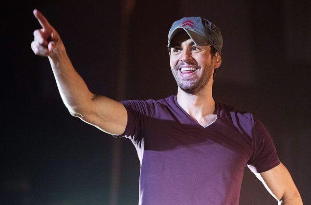 Enrique Iglesias' 'Subeme La Radio' Remix With CNCO | Billboard