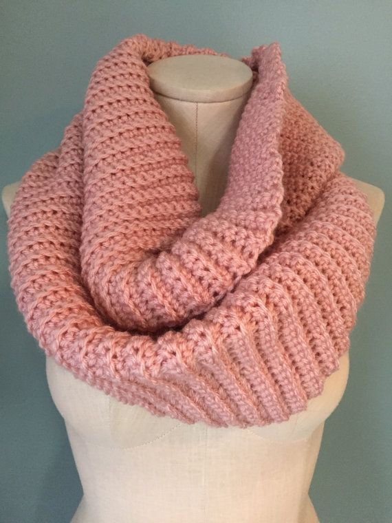 Crochet Ribbed Infinity Scarf by ClemensCrochet on Etsy So ...