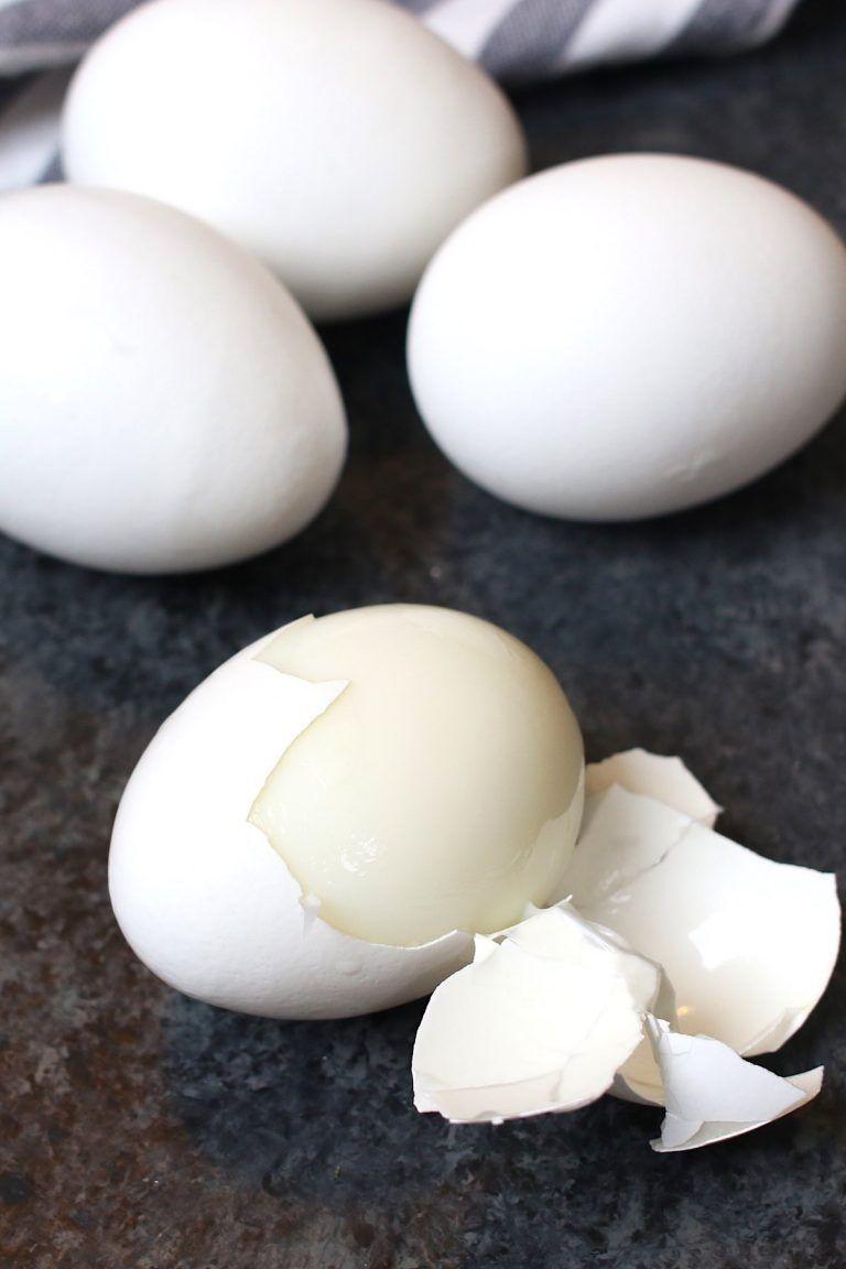 Perfect Air Fryer Hard Boiled Eggs {Easy to Peel} #hardboiledeggs