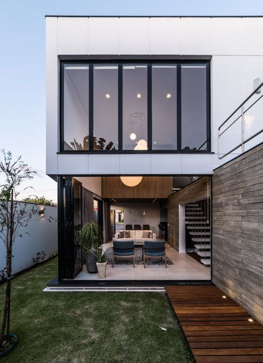 Osh House Otp Arquitetura Narrow House Designs Minimalist House Design Modern House Exterior Small modern house designs pictures gallery