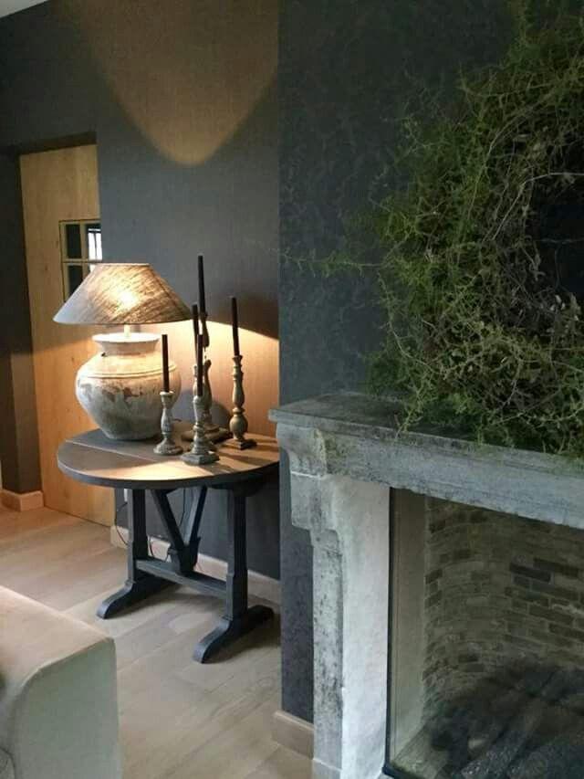 Leuke tafel, mooie sfeer   Interieur, Landelijke ...