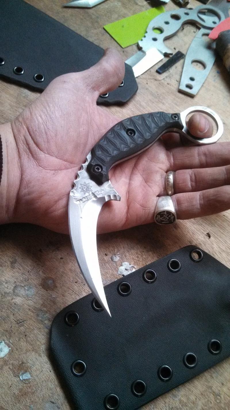 Derespina Knives - Model 11 Kuku Hanuman