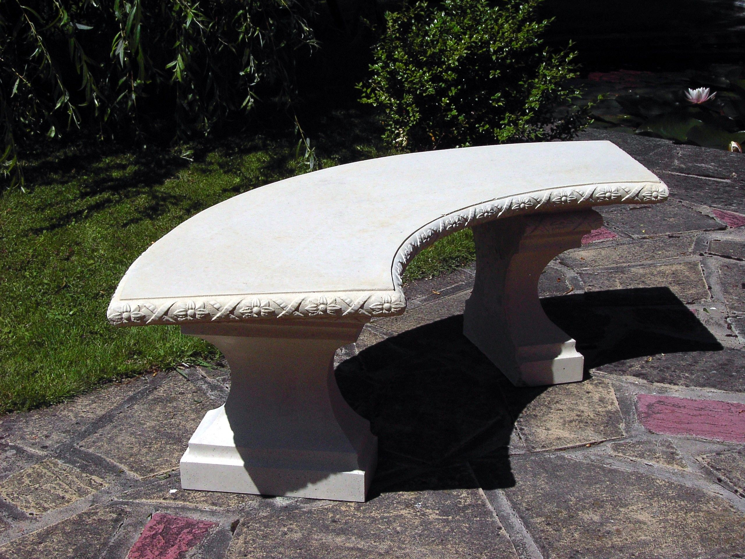 Stone Curved Classic Garden Bench Top Only Concrete