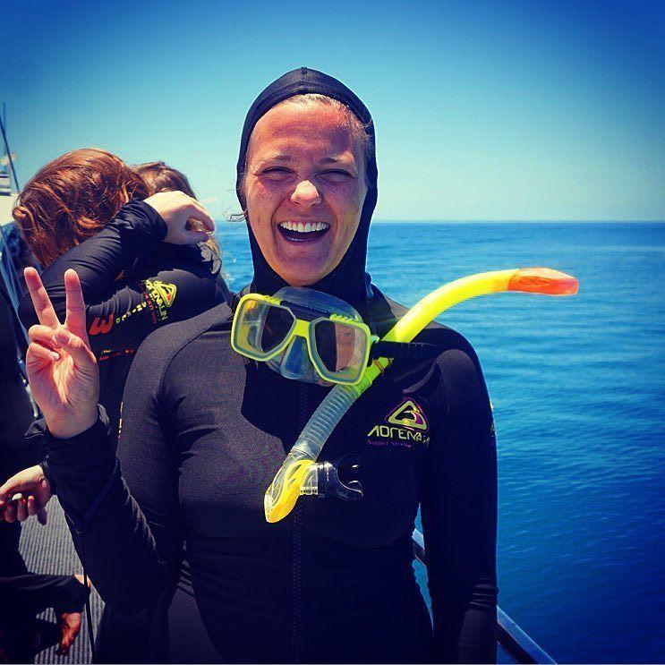 Har svømt med en skilpadde i dag. Har også sett ganske kul ut. #Australia#Cairns#Passionsofparadise#snorkle#seaturtle#skilpadde#Greatbarrierreef#dykkemaske#flyttetilaustralia#favorittferie#kattekvinnen by bettan89 http://ift.tt/1UokkV2