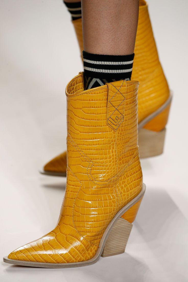 Fendi Fall Winter 2018 19 Fashion Show Boots Fashion Shoes Shoes