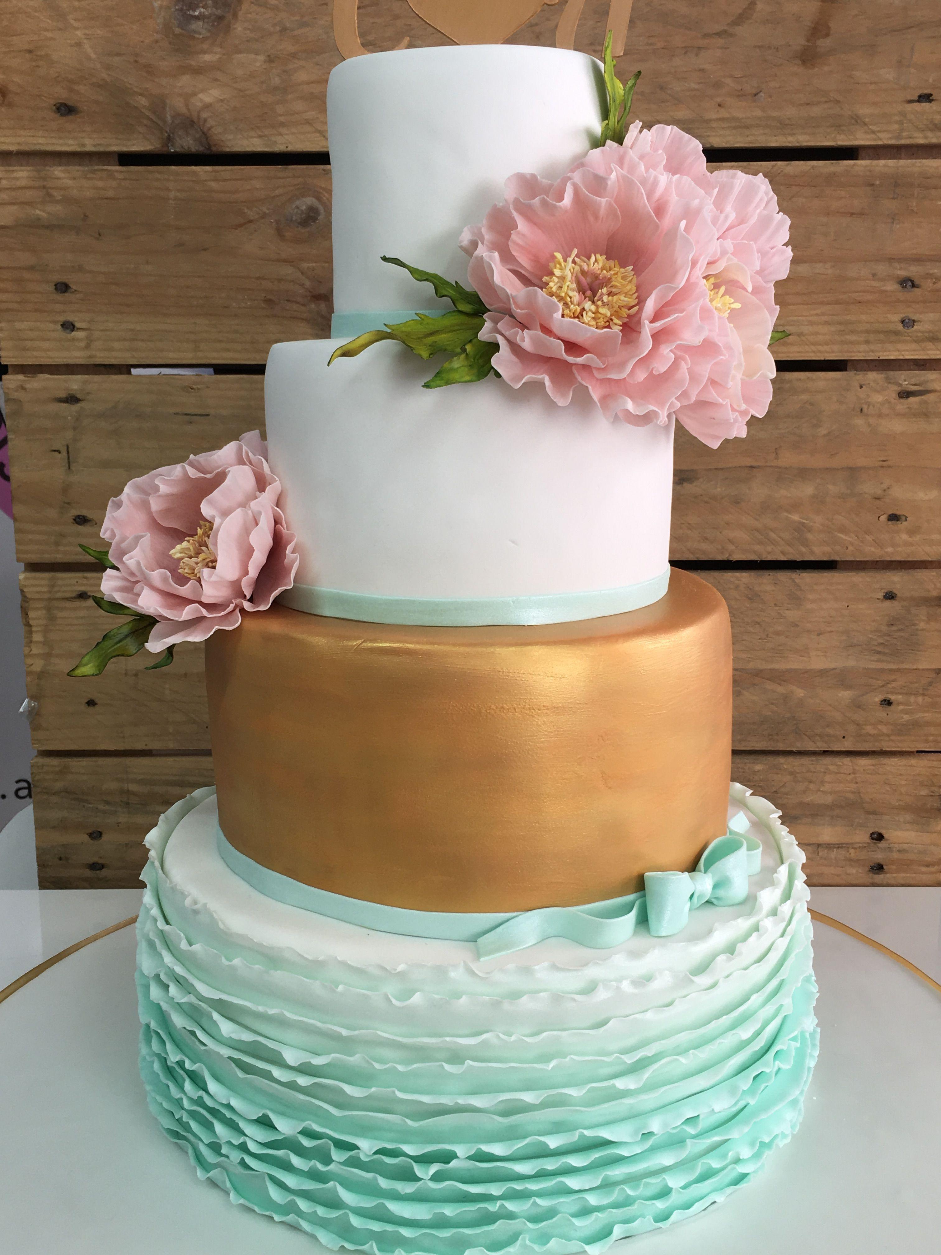 Winter wedding cake, Romantic wedding cake, Burgundy