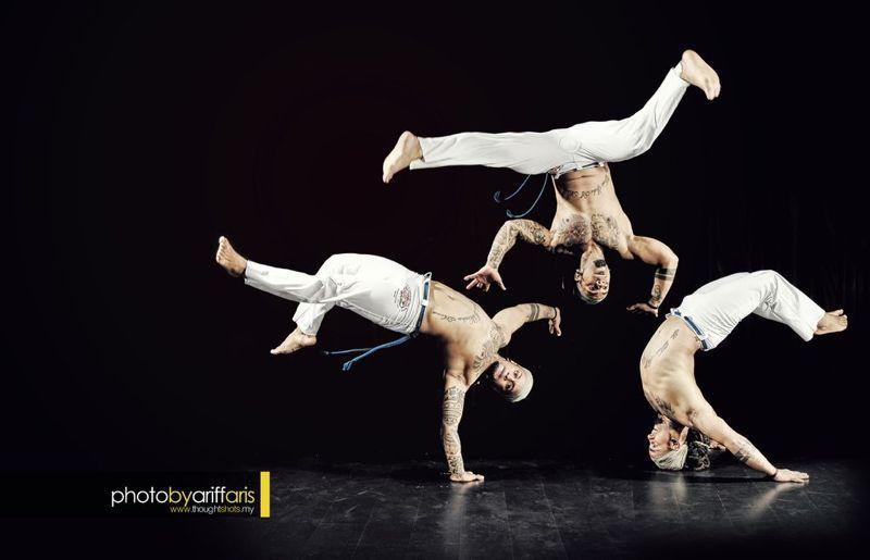 Capoeira Martial Ufc Dance Fight Arts Regional Capoeira Fight Mma Bahia Berimbau Solit Kick Art Belt Bonit Martial Arts Fighting Poses Capoeira