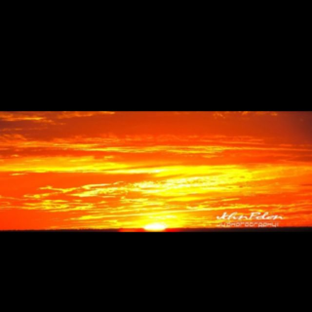 The sun set @ 7:41.