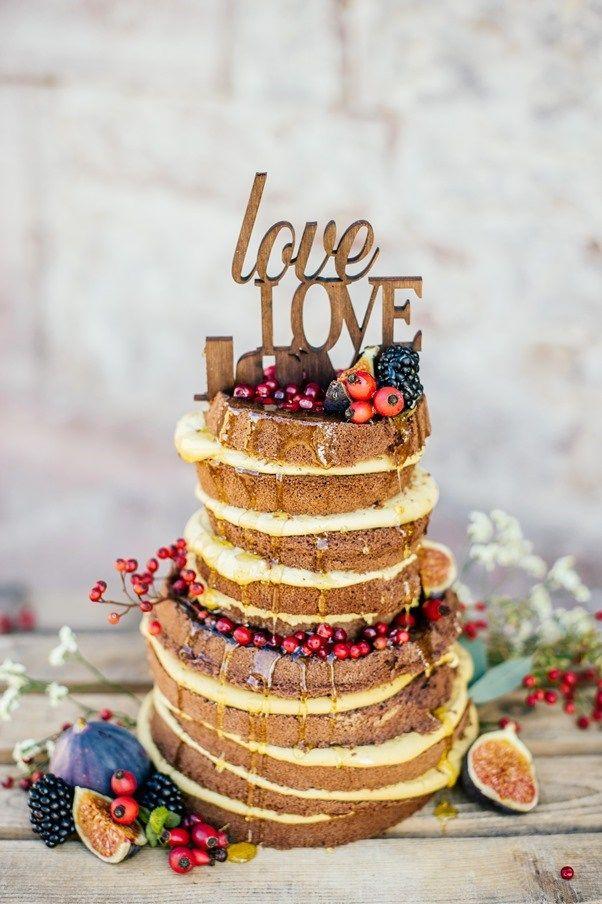Country Wedding Styled Shoot von Die Hochzeitsfotografen. Cake by Süß & Salzig
