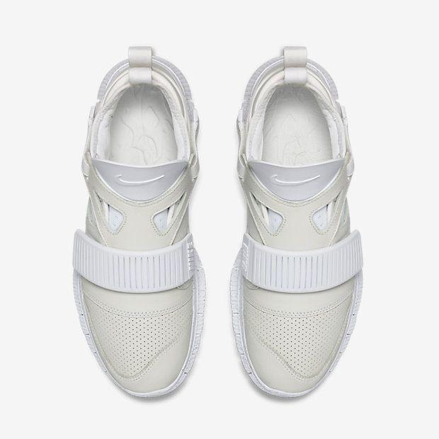 Dusty Cusco Steep  youbroketheinternet: NIKELAB FREE HUARACHE... - brown is the colour. |  Sneaker, Scarpe, Sneaker bianche