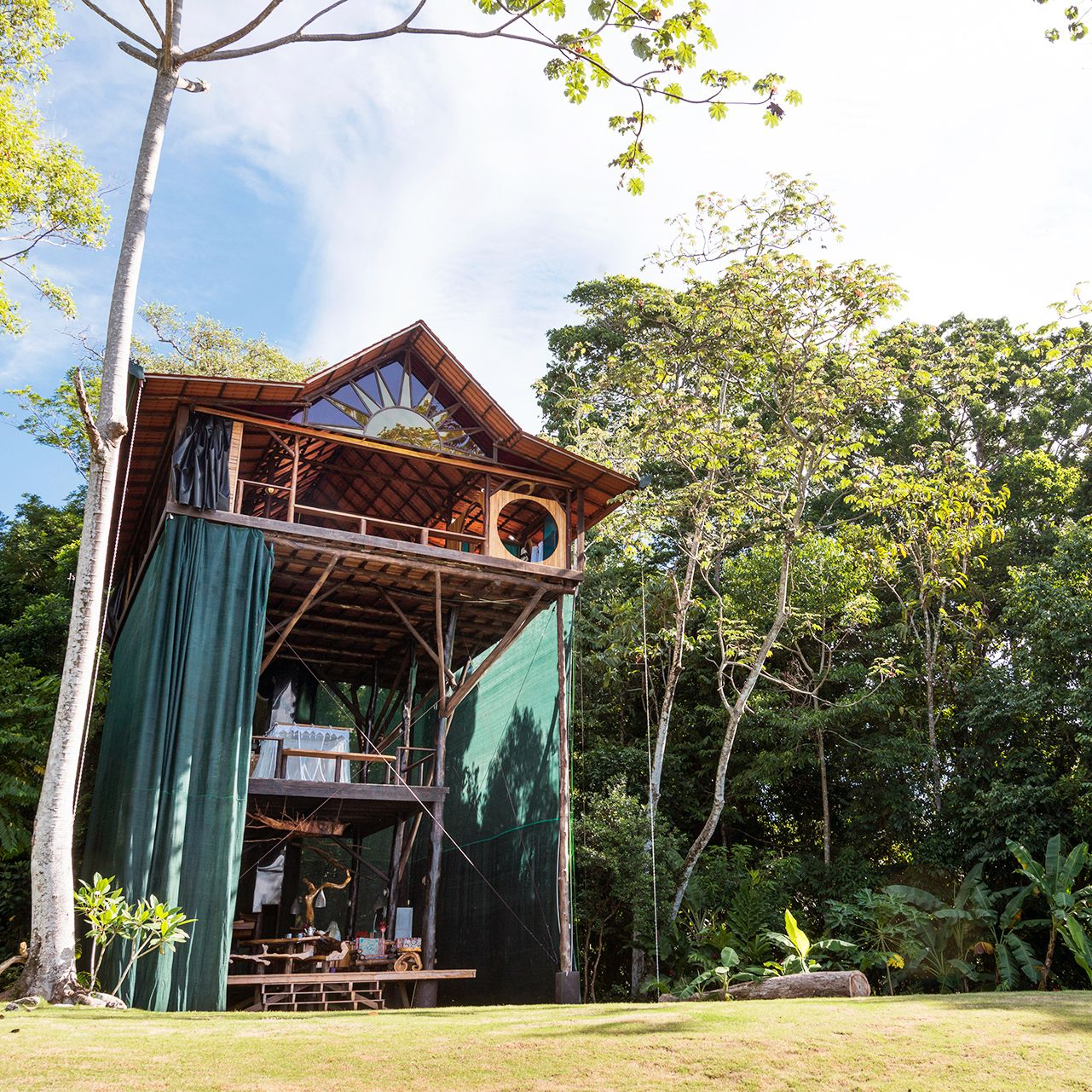 Osa Peninsula Costa Rica Hotels: A Treehouse In Osa Peninsula, Costa Rica, With Jungle And
