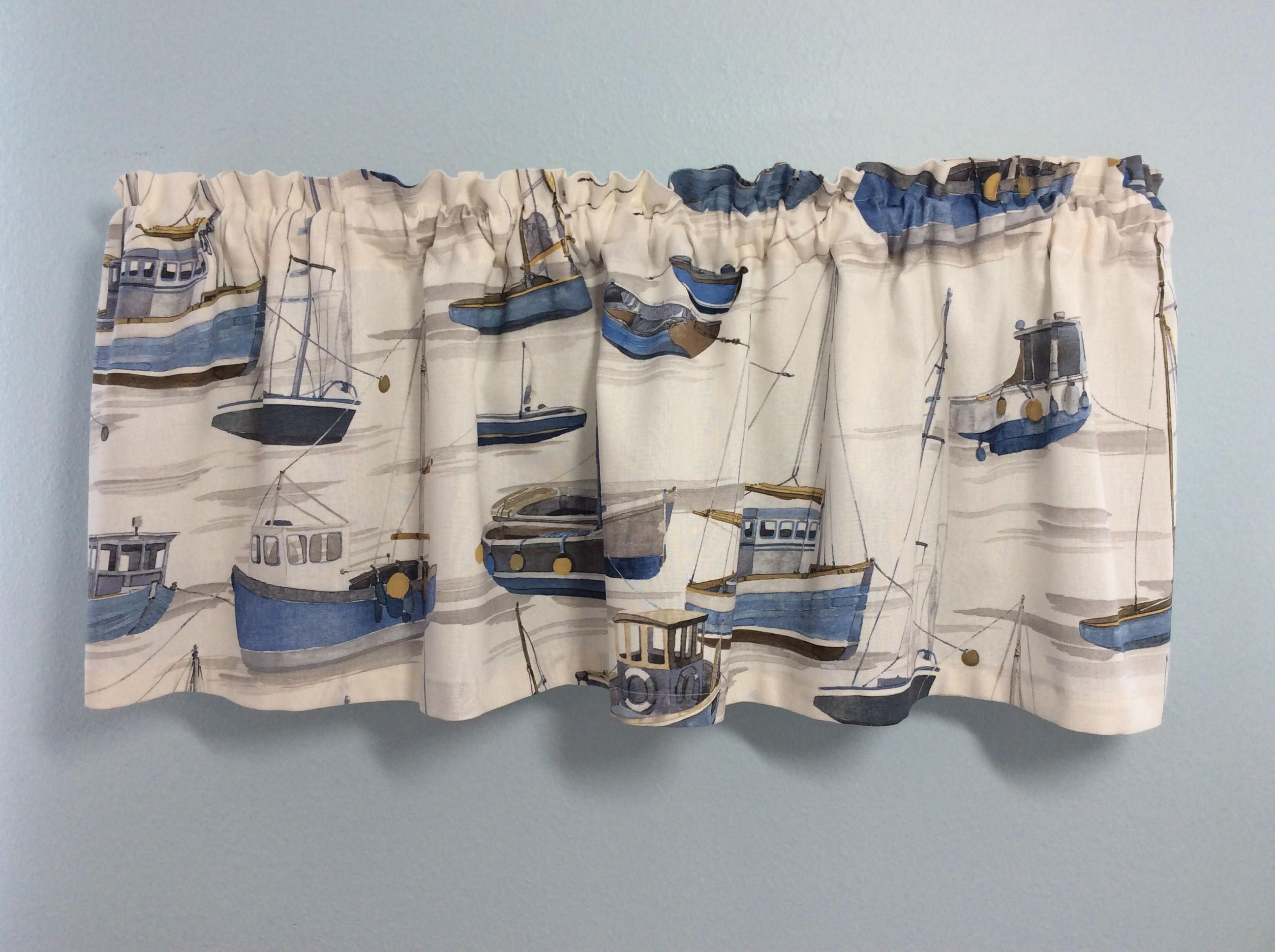 Nautical Valance With Boats Design