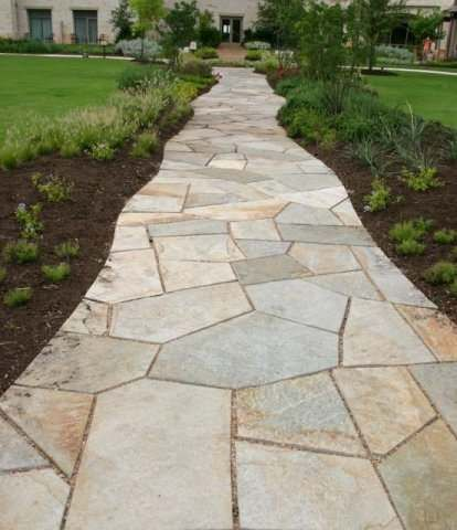 Cut Flagstone Walkway With Small Gaps (about 1 Inch). That Makes This  Walkway Fairly Formal For Walking On, Yet The Edges Have Been Cut To Blend  Into The ...