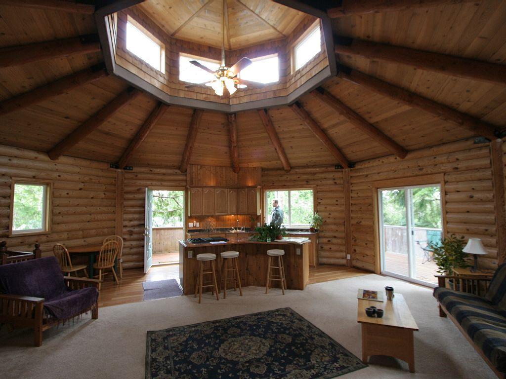 Newly remodeled unique log cabin in manzanita vrbo for Octagonal log cabin plans