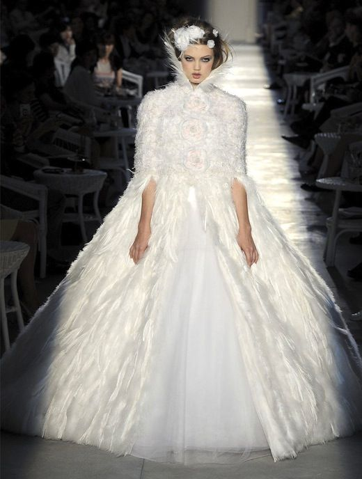 The haute couture bridal gowns chanel vs elie saab coco for Coco chanel wedding dress