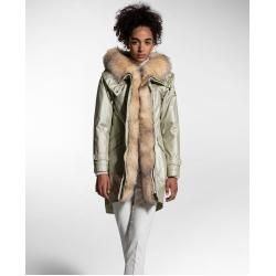 Photo of nice twill parka made of pure cotton Peuterey