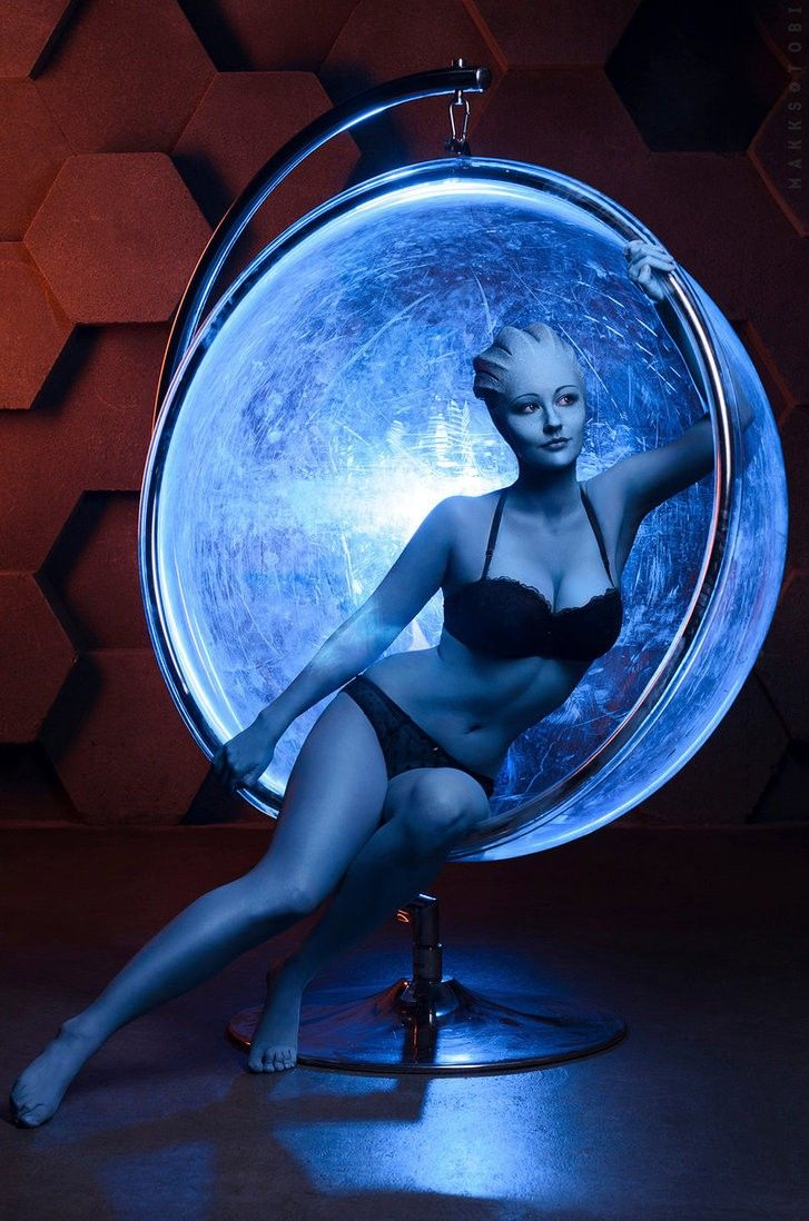 ethnic-nude-asari-from-mass-effect-self