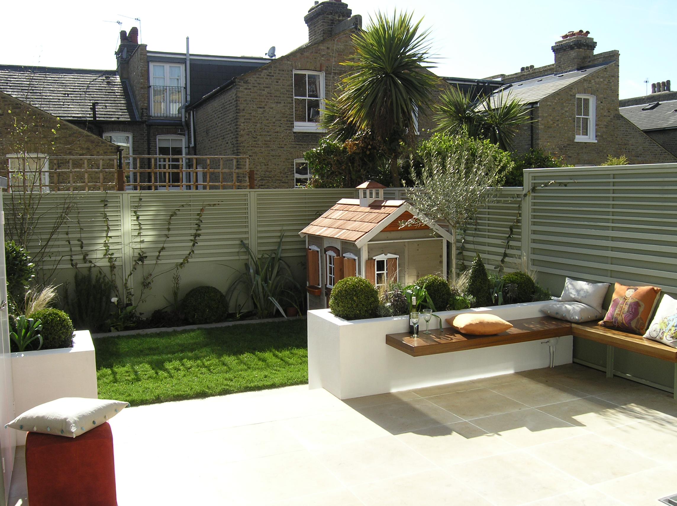 Small courtyard garden inspiration  FPg  Hage  Pinterest  Gardens Garden ideas and Backyard